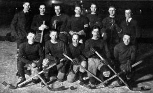 Michigan_Wolverines_ice_hockey_team,_1919-1920